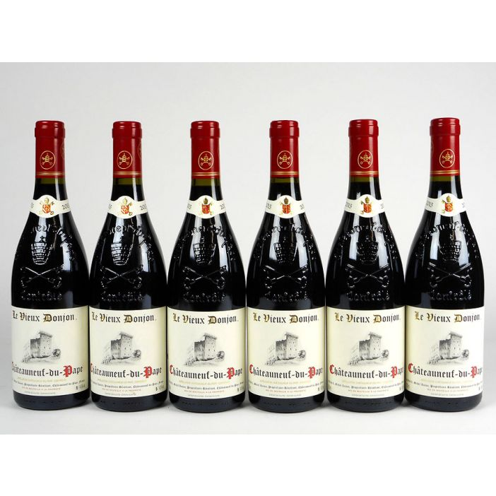 Châteauneuf' Le Vieux Donjon Rouge 2015 Offer
