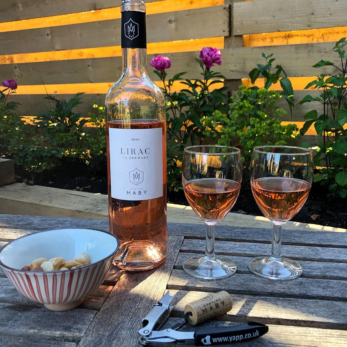 Lirac: Domaine Maby 'La Fermade' Rosé 2020 - Lifestyle