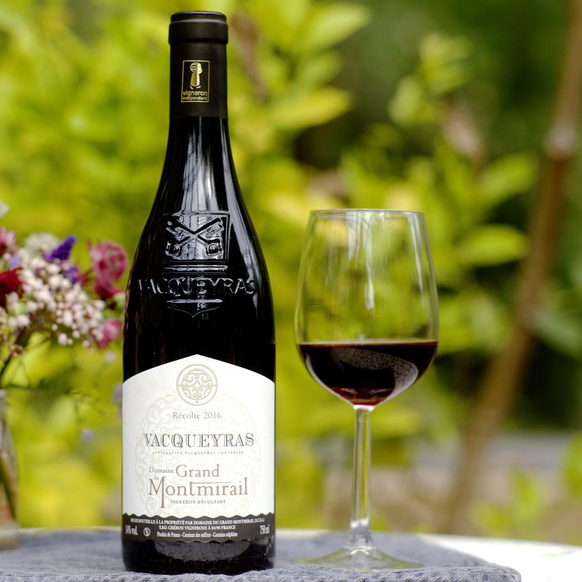 Vacqueyras: Domaine du Grand Montmirail 2016 - Lifestyle
