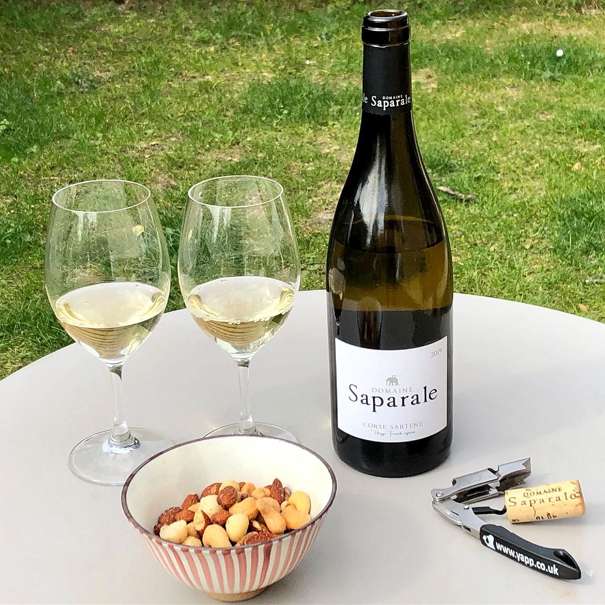 Vin de Corse Sartène Blanc: Domaine Saparale 2019 - Lifestyle