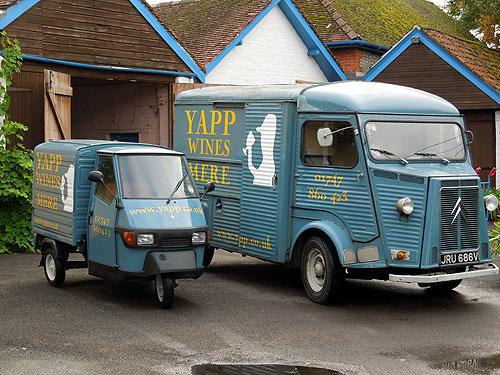 Apé and Citroen vans