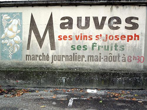 Mauves sign
