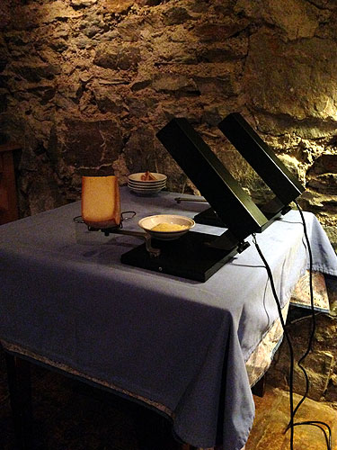 Tandem raclette heater