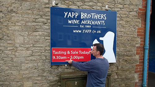 Yapp Sale Sign