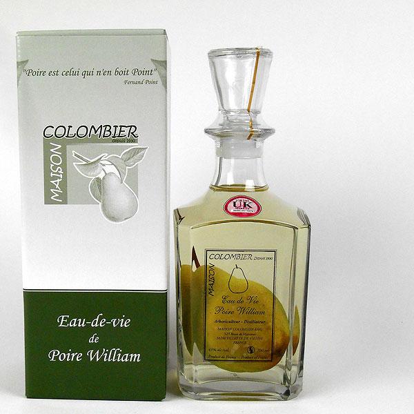 Eau de Vie de Poire William with Pear in bottle