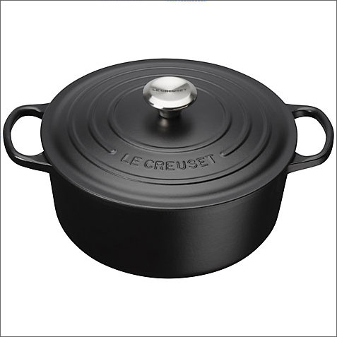 Le Creuset matt black casserole