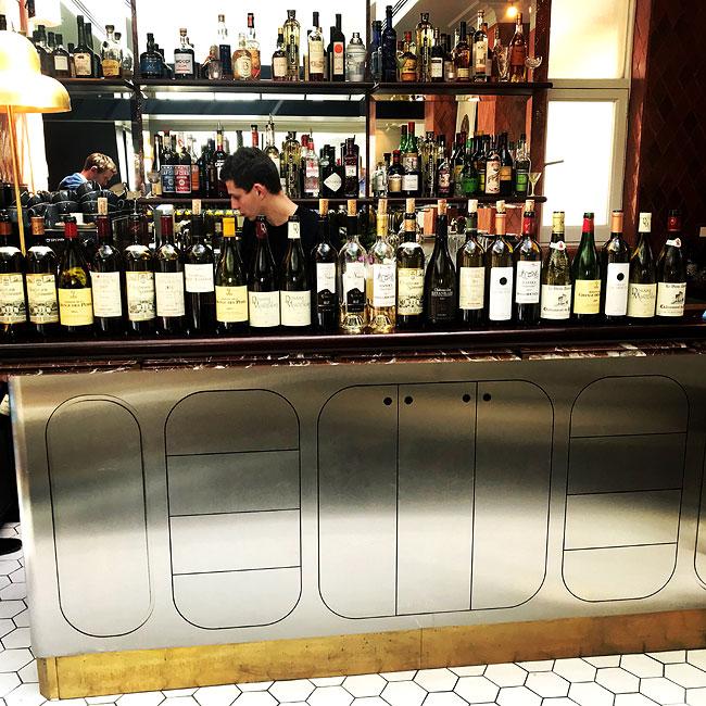 Southern France wine tasting