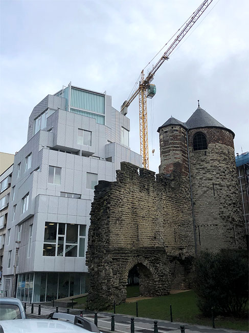 Contemporary and Medieval Architecture