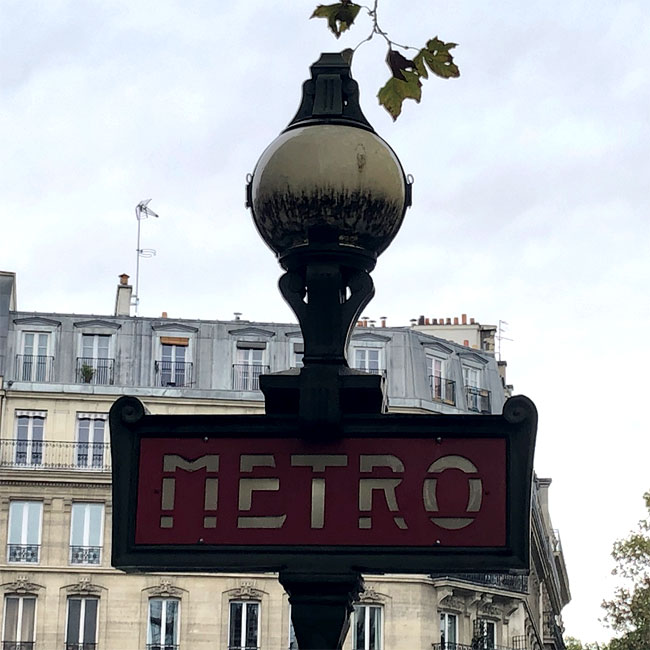 Metro Bourdelle