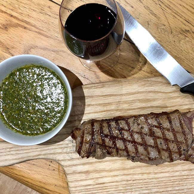 steak chimichuri red wine