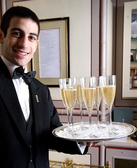 Le Gavroche - waiter