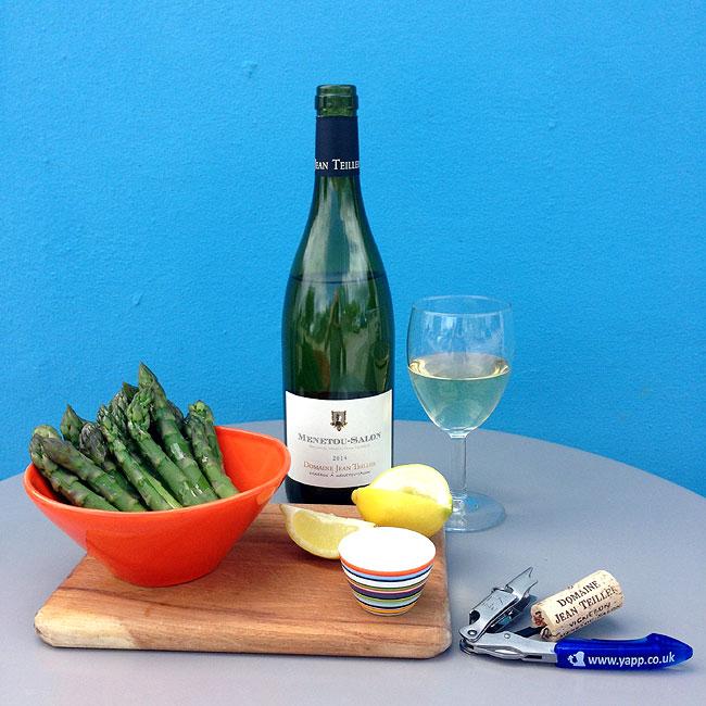 Aspargus and Menetou Salon Blanc