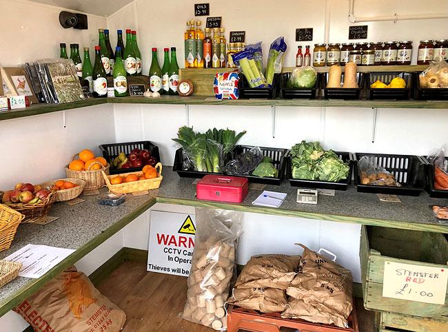 Martins Farm shop - Hindolveston - Interior