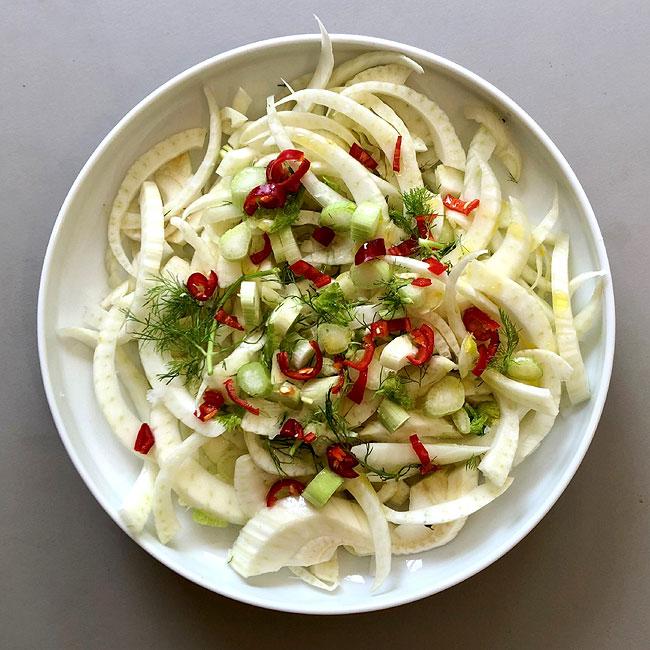 Fennel, chilliand dill salad